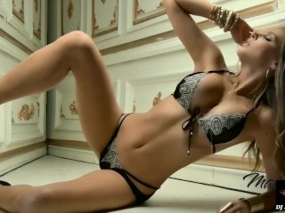 Amature fucked hard in lingerie