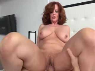 Free smoking milf clips