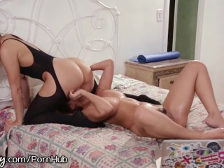 Gorgeous asian clips