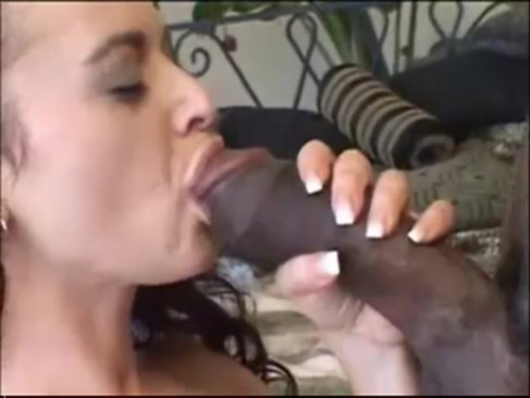 Shave my wife pussy